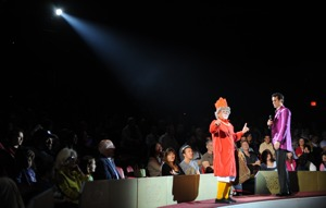 http:  taishimizu.com pictures D700 Big Apple Circus nikon d700 50mm f1 4 non ai grandma clown thumb.jpg
