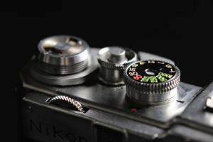 http:  taishimizu.com pictures Nikon SP Nikon SP rangefinder shutter speed thumb.jpg