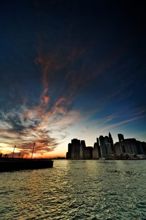 http:  taishimizu.com pictures manhattan at sunset nikon d700 tokina 11 16mm f2 8 manhattan sunset thumb.jpg
