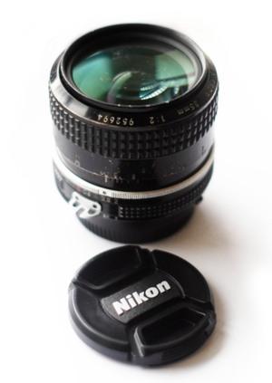 http:  taishimizu.com pictures nikon nikkor 35mm f2 ais review nikon nikkor 35mm f2 ais 2 thumb.jpg