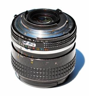 http:  taishimizu.com pictures nikon nikkor 35mm f2 ais review nikon nikkor 35mm f2 ais mount thumb.jpg